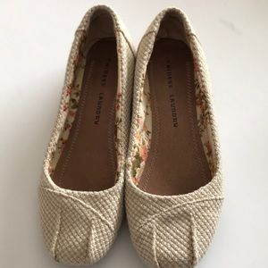 Chinese Laundry Beige Woven Flats Size 8